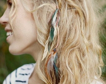 Feather Hair Clip: hair feathers extension, blue and white