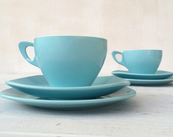 Picnic camper van iconic 1950s two-tone tea set.  Select from: Tea set trio cup, saucer, side plate and or milk jug / sugar bowl set.