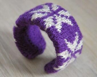 Fair Isle Knitted Cuff Bracelet Handmade OOAK Winter Themed Cuff with Snow Design