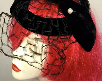 FREE SHIPPING 1950's Silk Velvet & a Pearl Vail Hat