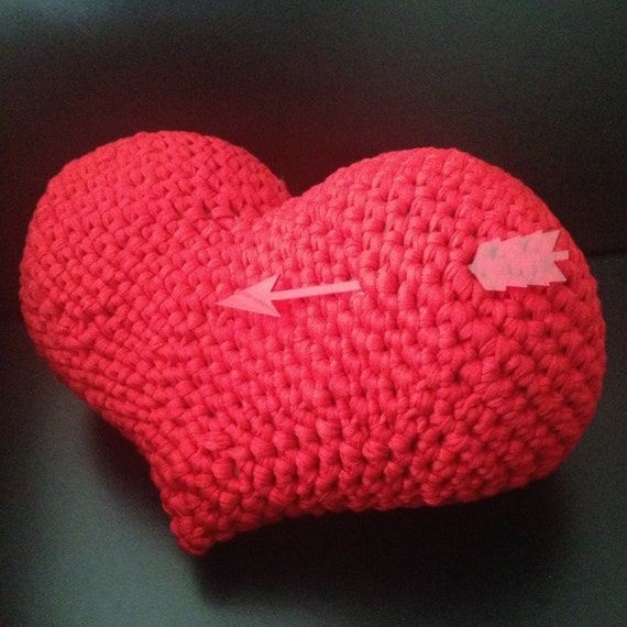 Amigurumi Heart Pillow : HEART Amigurumi Pattern Saint Valentine Cushion Pillow Easy