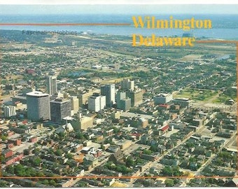 DELAWARE - WILMINGTON's HEART - Skylines Towers Buildings - Mint condition - real Photo by Pulling-  Colorful printed in Italy- years 1980