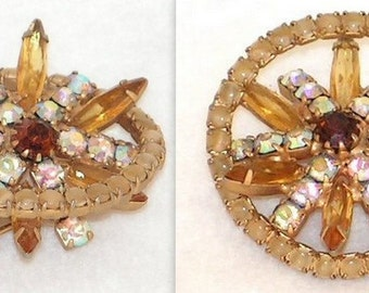 Vintage Atomic Brooch - Aurora Borealis Rhinestones - Pearl Beads - Citrine Glass Jewels - Gold Pin