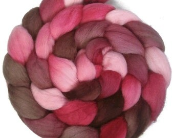 Handpainted Polwarth Wool Roving - 4 oz. VICTORIA - Spinning Fiber