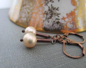 Ivory Pearl Earrings, Copper Earrings, Ivory Peach Pearls, Pearl Jewelry, Copper Jewelry, Freshwater Pearls, Oxidized Copper,