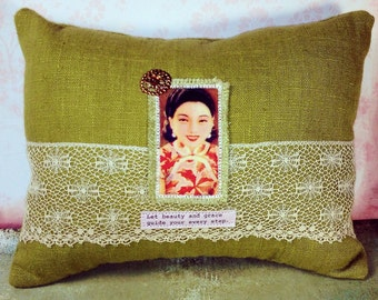 Vintage Quilt Applique Pillow- Geisha