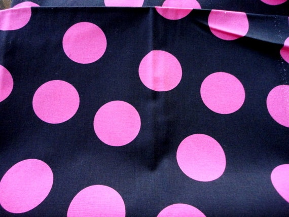 polka dots hot pink on black cotton fabric 1 yard. Black Bedroom Furniture Sets. Home Design Ideas