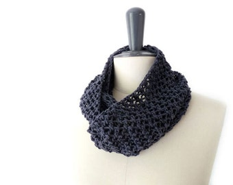 Summer Lace Infinity Loop Scarf in Indigo Blue Linen Cotton. Romantic Boho Beach Style. Spring Fashion
