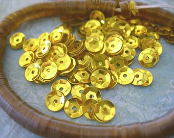 Vintage Sequins Strand YELLOW GOLD Cupped 5mm couture lot full strand