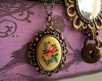 Vintage Floral Bouquet Cabochon Necklace