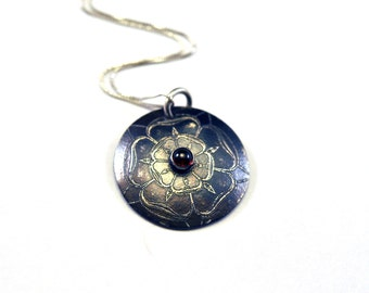 Sterling Silver and Garnet Necklace Etched Floral Design in Circle