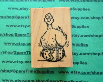 DEL-G717 Funky Chicken - Mounted Rubber Stamp