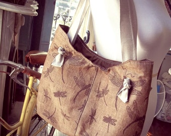 Dragonfly Gift Idea - Brown Purse - Sling Bag Style - 6 Pockets - Key Fob