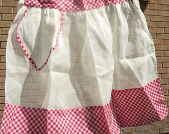 Vintage / Half Apron / Hostess / Red and White Gingham