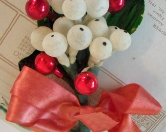 Vintage / Christmas Corsage / Glass Balls / Lacquered Leaves / Made in Japan