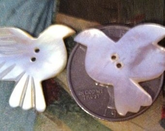 2 Vintage Carved Mother of Pearl MOP Bird Button Buttons So Pretty