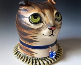 Ceramic Cat Sculpture - Scottish Fold cat with green eyes