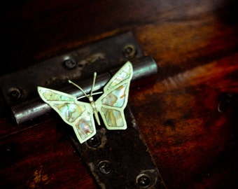 Made in Mexico , Sterling Silver 925 and Abalone / Mother of Pearl Inlay Butterfly brooch mid century 1960's