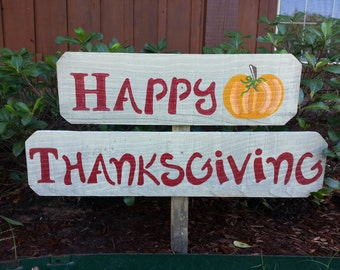 Happy Thanksgiving Sign Yard Ornament Welcome Sign Gift Lawn Sign Reclaimed Wood Signs Hand Painted Sign Home and Garden Dinner Holiday Sign