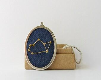 Sagittarius necklace, November birthday gift, December birthday gift, star constellation necklace, Night sky pendant, Necklace with stars