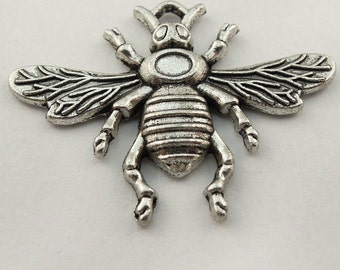jewelry supplies pendant bumble bee  silver charms jewelry findings insect  (G5)  quantity 3