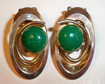 Green & Gold Earrings,  Vintage Clip On Earrings, Green Stone Earrings, Clip On Earrings with Gold Oval Setting and Green Bezel Set Stone