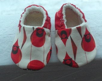 Charley Harper,Cardinals, baby shoes,Baby slippers, eco-friendly, organic cotton, Organic Sherpa, Neutral Gender, Red