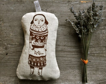 Layer Girl sachet lavender pillow / homegrown organic lavender