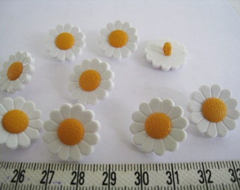 20pcs of Daisy Button White Flower with Yellow Center Shank Button  - 20mm