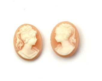Plastic Cameos Lady Left & Right Facing 10x8mm Peach / White (6) IC108