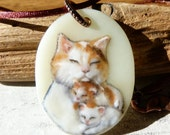 Beautiful mommy Cat - mom and babies -  Kittens - Fused glass pendant - cat Jewelry - sleeping kittens necklace