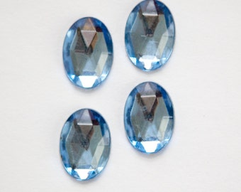 Vintage Light Sapphire Faceted Glass Cabochons 14x10mm cab577Y