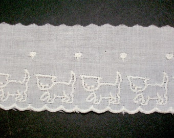 Ivory Lace, Antique Ivory Kitty Cat Lace 2 inches wide x 3 yards