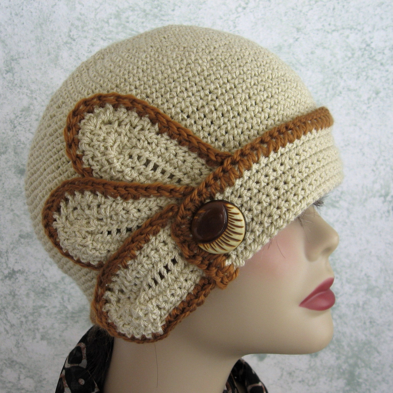 Crochet Hat Pattern Womens Flapper Style With Petal And Button