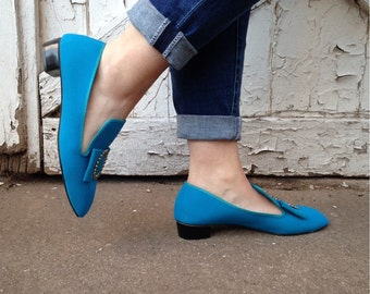 size 7, Vintage 60s Electric Blue Shoes - Mod Flats with Gold Buckle, loafers