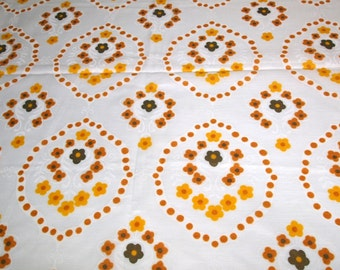 vintage 70s fabric, featuring great large scale flower and dot motif, 1 yard, 19 inches