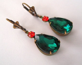 Vintage Style  Emerald Swarovski Teardrop Hyacinth Swarovski Crystal Prong Setting Earrings.