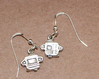 Earrings - Sterling Silver CAMPER POPUP - Travel Trailer, Camping