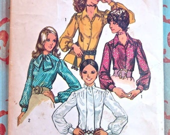 Vintage 1970s Womens Long Sleeve Blouse Pattern - Simplicity 9718
