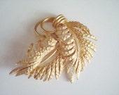 Vintage BSK Goldtone Leaf Pin Brooch
