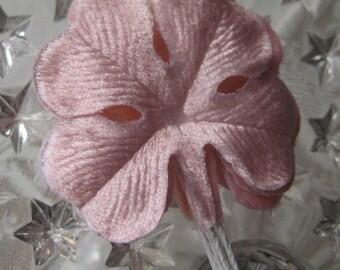 Millinery Velvet Leaves Czech Republic 6 Embossed Pink Velvet 4 Leaf Clovers Shamrocks  NLC 111 PK