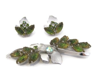 Vintage Brooch Earrings 50s 60s Rhinestone Art Glass Continental Demi Parure Green Silver