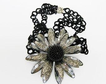 Flower Necklace, Chunky Choker, Daisy Necklace, Wildflower Necklace, Rocker Jewelry, Choker Necklace, Silver Daisy, Handmade