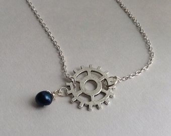 Steampunk Gear Necklace with Black Pearl