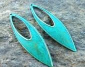Minimalist pendant, jewelry pendant, modern horse eye iron pendant TRELLIS green patina focal jewelry finding 6 pcs
