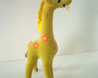 Vintage Giraffe Dream Pet