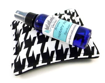 Aromatherapy Dream Pillow with Sleep Spritzer, Sleep Sachet, Herbal Sleep Pillow, Comfort and Relaxation Linen Spray with Lavender Chamomile