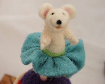 Mouse, Needle Felted Mouse Pin Cushion #489