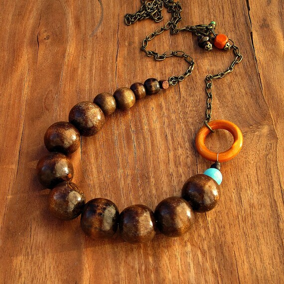 Adjustable Wood Beads and Chain Necklace: Jilly WAS 28.00