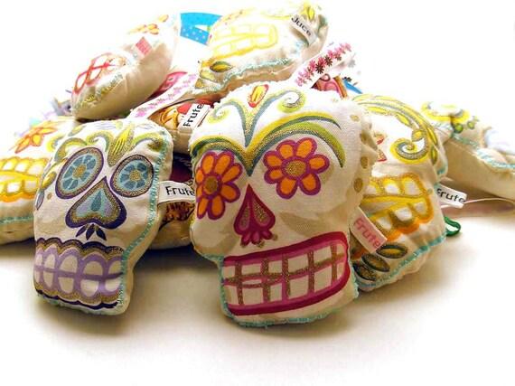 Sugar Skull Lavender bag, sugar skull lavender sachet, aromatic drawer pomander, candy skull lavender sachet